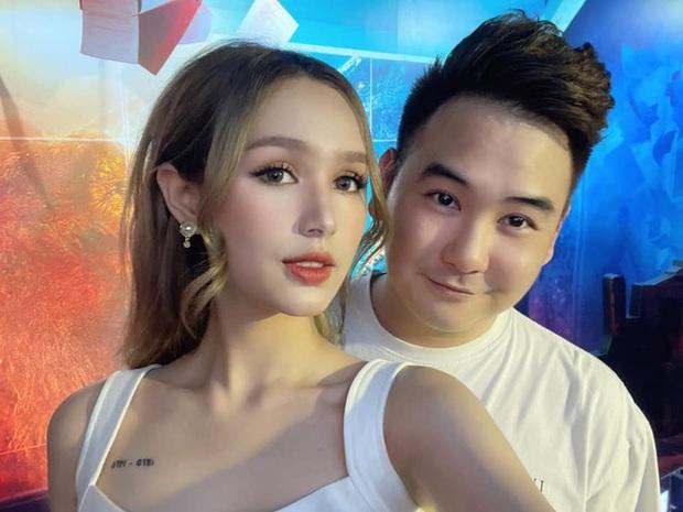 Bị góp ý vì xưng hô thiếu tôn trọng với MC lớn tuổi trên sóng truyền hình, vợ trẻ streamer giàu nhất Việt Nam phản pháo thuyết phục - Ảnh 6.