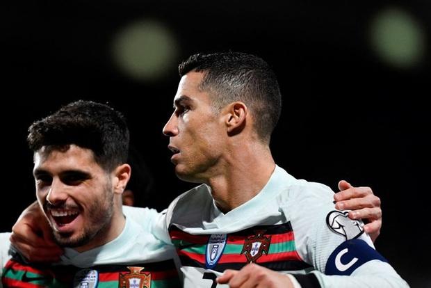 Ronaldo ghi bàn giúp Bồ Đào Nha ngược dòng hạ nhược tiểu Luxembourg - Ảnh 7.