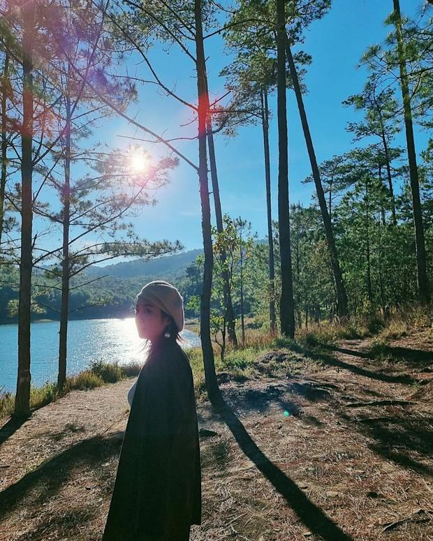 Xuýt xoa không thôi với loạt ảnh du lịch cực chill của Mi Vân: Style đơn giản nhưng nhan sắc mẹ bỉm vẫn đỉnh quá! - Ảnh 5.
