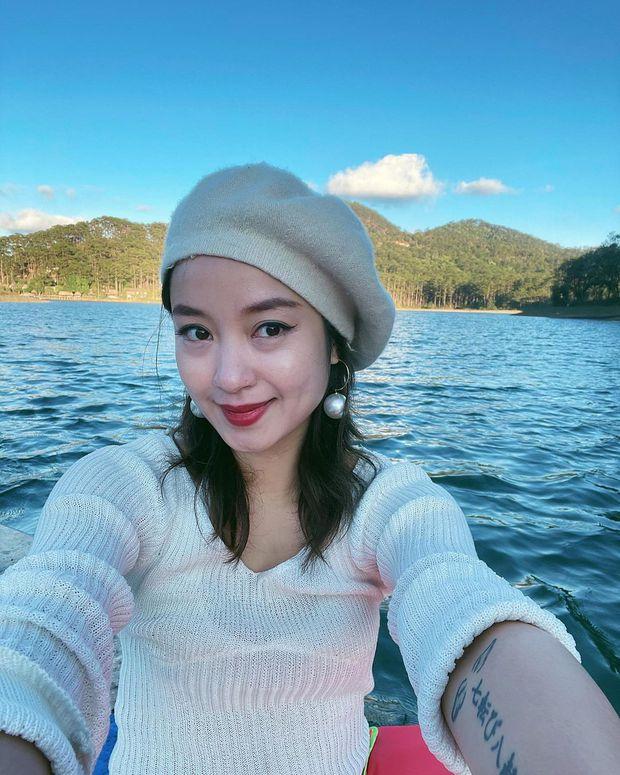 Xuýt xoa không thôi với loạt ảnh du lịch cực chill của Mi Vân: Style đơn giản nhưng nhan sắc mẹ bỉm vẫn đỉnh quá! - Ảnh 4.
