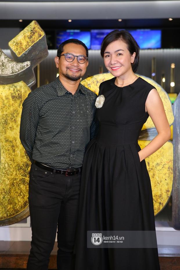 Cặp đôi nhà Đông Nhi, Lệ Quyên thi nhau show ân ái không kém cạnh Trấn Thành - Hariwon ở siêu thảm đỏ Bố Già - Ảnh 6.