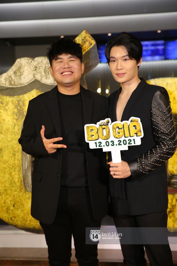 Cặp đôi nhà Đông Nhi, Lệ Quyên thi nhau show ân ái không kém cạnh Trấn Thành - Hariwon ở siêu thảm đỏ Bố Già - Ảnh 8.
