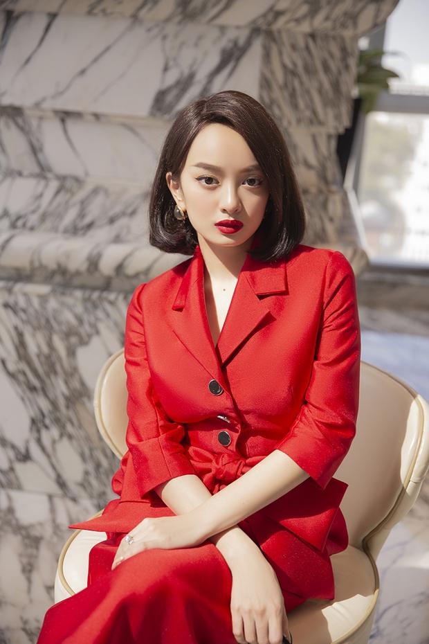Hành trình nhan sắc của Kaity Nguyễn: Từ hotgirl ngực khủng đến ngọc nữ, lột xác ngoạn mục nhờ giảm 9kg - Ảnh 25.
