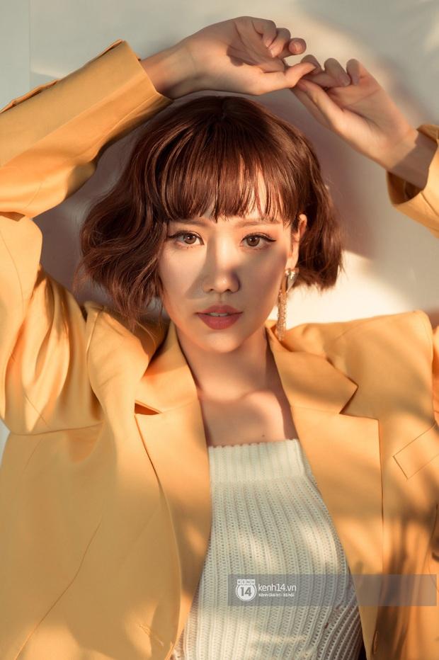 Nữ ca sĩ Việt hiếm hoi thạo cả tiếng Đức lẫn tiếng Hàn: Thời tới cản không nổi - Ảnh 2.