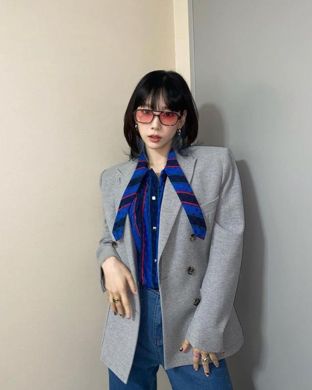 Hội mỹ nhân Kbiz có 12 cách mặc blazer rất trẻ mà cực sang, chị em học ngay để lên đời phong cách - Ảnh 1.