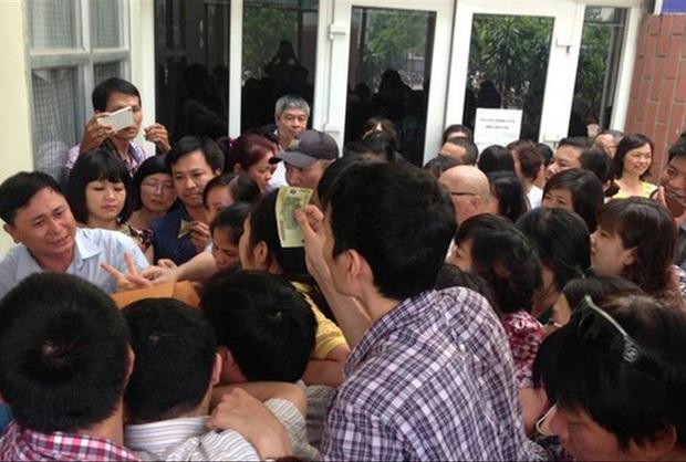 Tuyển sinh lớp 6 trường hot ở Hà Nội: Học sinh, phụ huynh phát sốt - Ảnh 1.