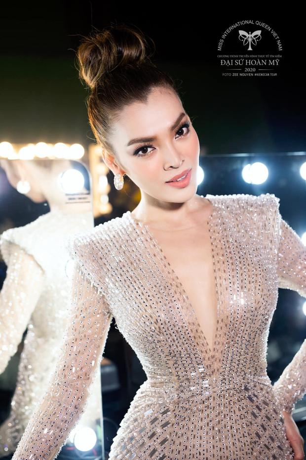Xôn xao hình ảnh Hoa hậu Chuyển giới Trân Đài đi làm nail tại Mỹ - Ảnh 7.