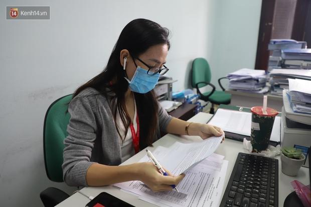 Nam tiếp viên hàng không bay từ TP.HCM ra Hà Nội đăng ký tiêm thử nghiệm vaccine Covid-19 made in Vietnam - Ảnh 3.