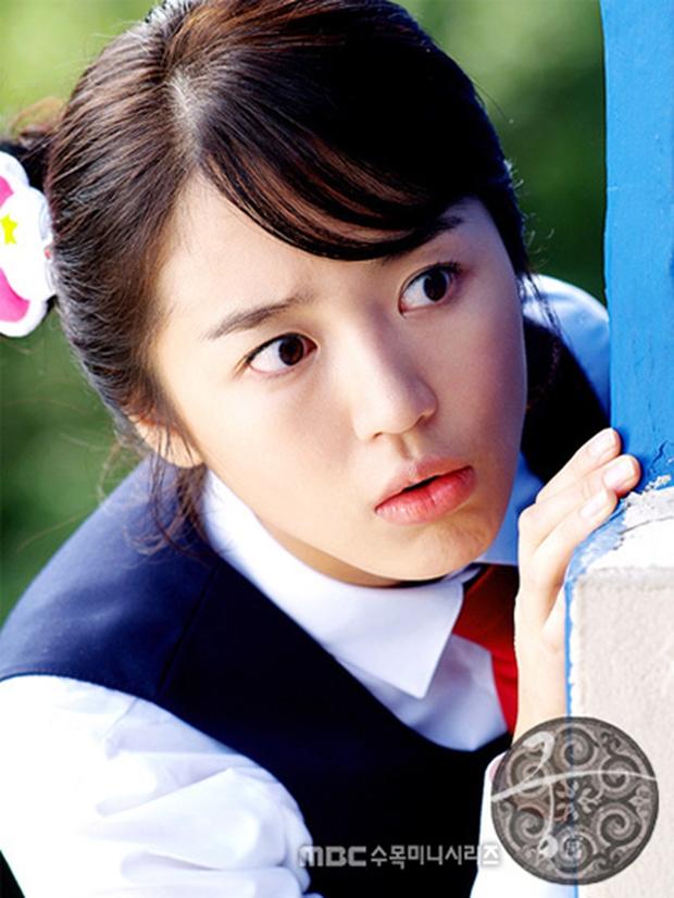 Nghe tin Goong làm lại, netizen hào hứng đòi cặp giả vờ yêu của Extraordinary You tái hợp - Ảnh 2.