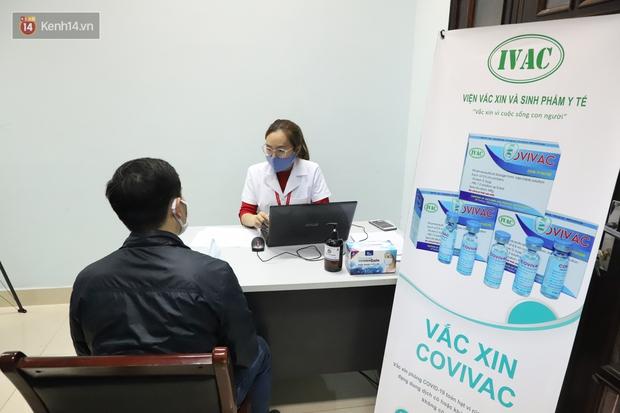 Tuyển tình nguyện viên 40 - 59 tuổi tham gia thử nghiệm vaccine Covid-19 thứ 2 của Việt Nam - Ảnh 1.