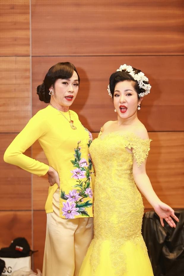 3h sáng, NS Hoài Linh đăng clip dài 9 phút trút bầu tâm sự và tiết lộ lý do rất lâu rồi không giả gái - Ảnh 4.