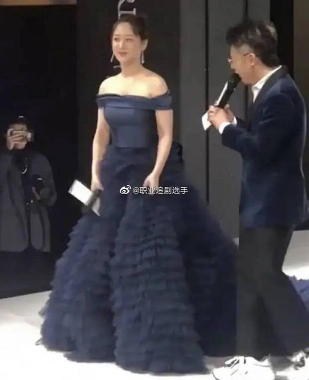 Nhờ giảm cân, lợi thế ngoại hình chưa từng được hé lộ của Dương Tử gây sốt khắp Weibo, chấp luôn cả ảnh không PTS - Ảnh 10.