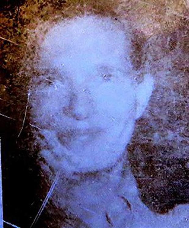 42 năm mất tích không để lại dấu vết, người phụ nữ bất ngờ xuất hiện ở nơi không ai ngờ, thốt lên vài từ khiến mọi người sững sờ - Ảnh 3.