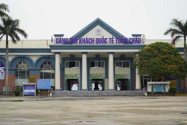 Mở cửa du lịch nội tỉnh, Hạ Long vẫn vắng như chùa bà Đanh - Ảnh 6.
