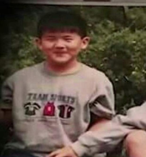 Không ngờ nam Idol có body hot nhất nhì Kpop cũng từng là nạn nhân của bạo lực học đường! - Ảnh 1.