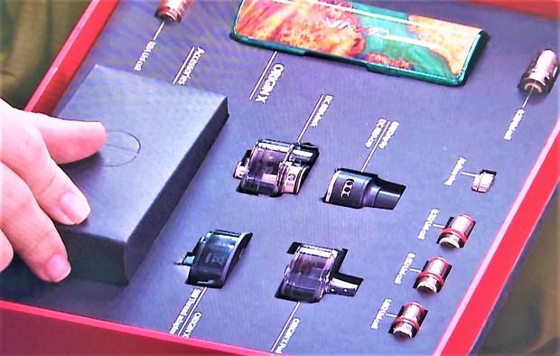 Đà Nẵng: Tạm giữ gần 3.500 sản phẩm thuốc lá điện tử, người mua chủ yếu là học sinh - Ảnh 3.