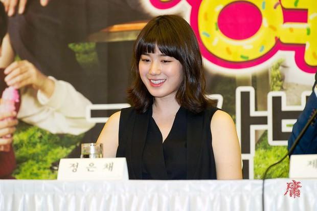 Lạ đời dàn mỹ nhân tăng cân vẫn xinh đẹp hiếm thấy: Shin Min Ah đáng yêu hết nấc, mỹ nhân Quân Vương Bất Diệt được netizen khen nức nở - Ảnh 17.