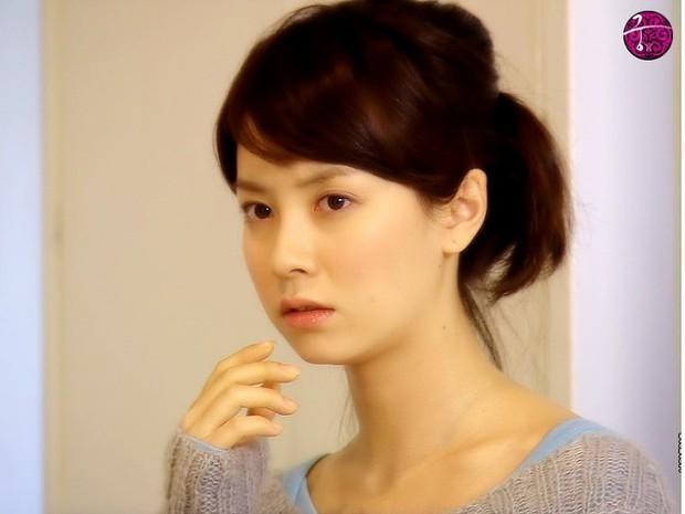 Knet bất ngờ đào lại ảnh mợ ngố Song Ji Hyo từ thời đóng Hoàng Cung, ăn thịt đường tăng hay gì mà trẻ vậy? - Ảnh 5.