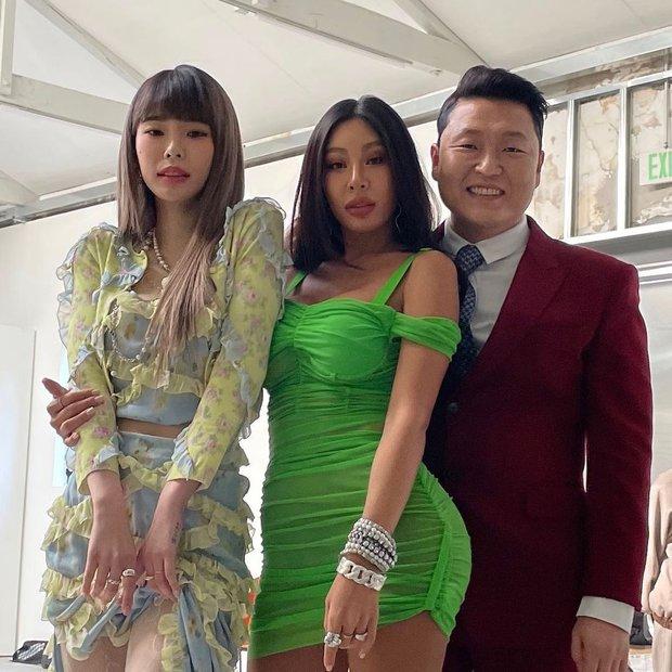 Từ chuyện Jessi - Jennie đụng váy: Mảnh mai châu Á hay xôi thịt Âu Mỹ sẽ diện đồ đẹp hơn? - Ảnh 3.