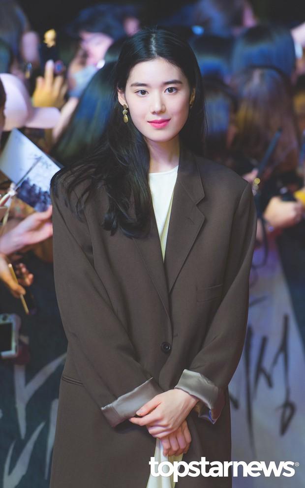 Lạ đời dàn mỹ nhân tăng cân vẫn đẹp hiếm thấy: Mỹ nhân Quân Vương Bất Diệt được khen nức nở, bạn gái Kim Woo Bin trẻ ra bất ngờ - Ảnh 13.