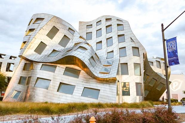 Khó mà tin trên thế giới có những công trình với kiến trúc quái dị thế này, chỗ cuối cùng mới gây sốc nhiều nhất - Ảnh 11.