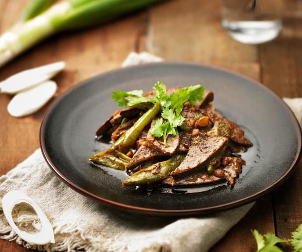 3 loại thực phẩm có hàm lượng cholesterol cao sánh ngang với chất béo, người thừa cân không nên đụng vào - Ảnh 1.