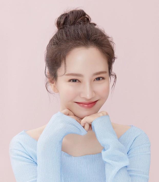 Knet bất ngờ đào lại ảnh mợ ngố Song Ji Hyo từ thời đóng Hoàng Cung, ăn thịt đường tăng hay gì mà trẻ vậy? - Ảnh 20.