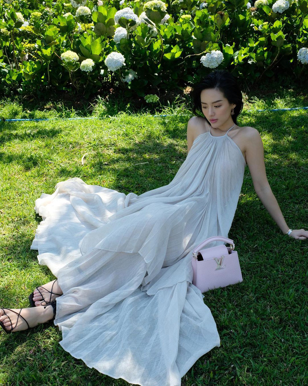 Đụng váy local brand: Khánh Linh, Hiền Hồ gợi cảm một 9 một 10 nhưng cách dùng phụ kiện mới ăn tiền - Ảnh 2.
