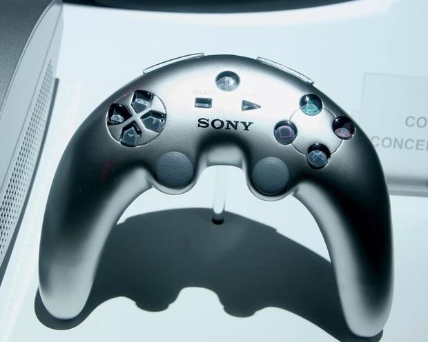 Bằng sáng chế mới nhất của Sony tiết lộ một chiếc gamepad PlayStation bằng... quả chuối - Ảnh 1.