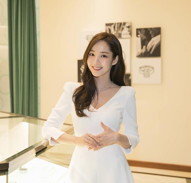 """Chơi chiêu nhỏ nhưng """"điên nữ"""" Seo Ye Ji vẫn ghi điểm nhờ khác biệt Song Hye Kyo, Park Min Young… khi đụng độ - Ảnh 3."""
