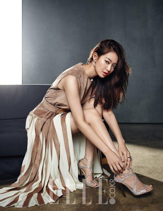 Lạ đời dàn mỹ nhân tăng cân vẫn đẹp hiếm thấy: Mỹ nhân Quân Vương Bất Diệt được khen nức nở, bạn gái Kim Woo Bin trẻ ra bất ngờ - Ảnh 4.