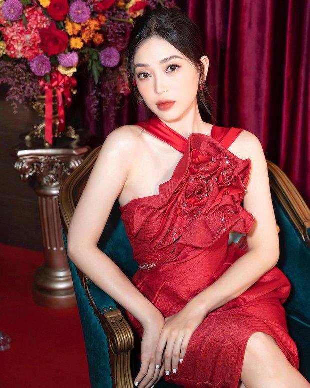 Chiếc váy đỏ là tội đồ làm dấy lên tin đồn bầu bí, nhưng Phương Nga cứ thích mà đăng ảnh mãi thôi - Ảnh 3.