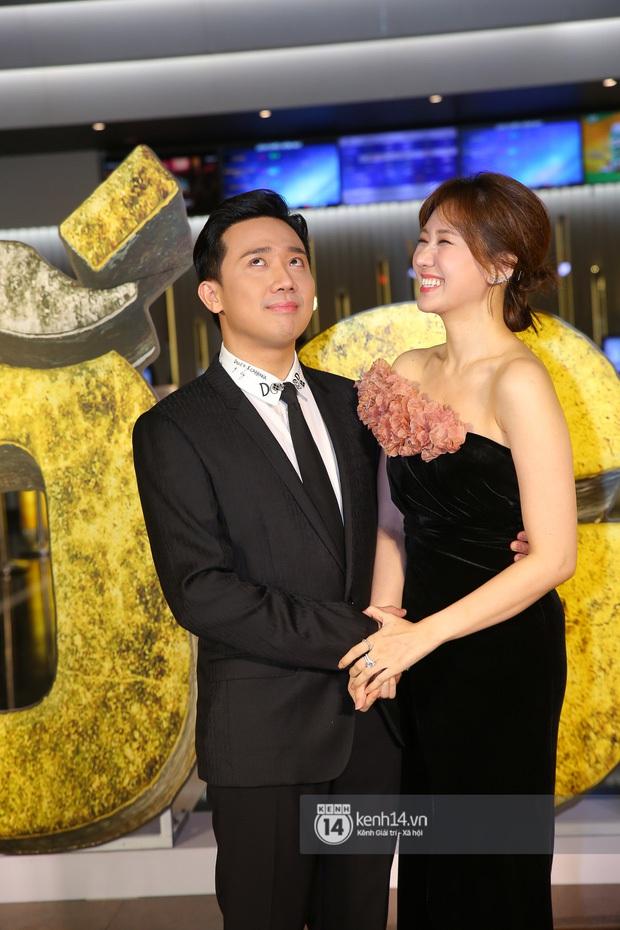 """Clip bắt cận khoảnh khắc phát """"cẩu lương"""" của Hari Won và Trấn Thành, biểu cảm làm nũng sau nụ hôn nồng cháy cưng muốn xỉu - Ảnh 5."""