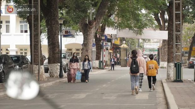 Cập nhật: Hàng loạt trường Đại học cho sinh viên, học viên trở lại trường từ ngày mai 8/3 - Ảnh 2.