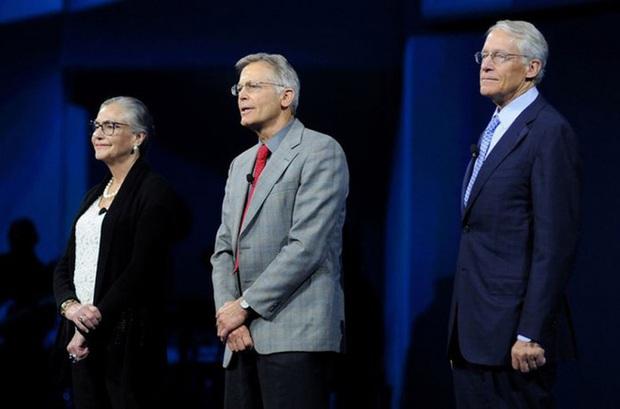 Hé lộ khối tài sản khủng của 5 gia tộc giàu nhất nước Mỹ - Ảnh 1.