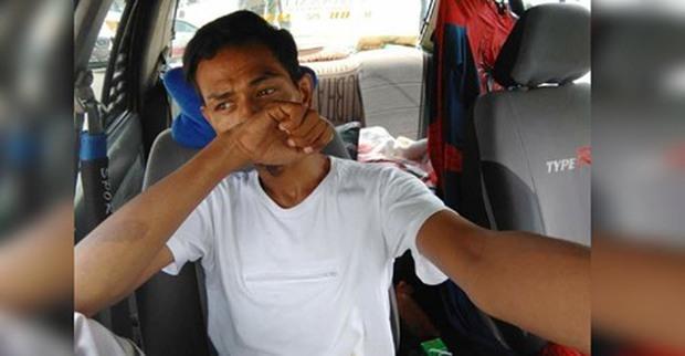 Nam coser nổi tiếng khóc oà trên sóng khi tiết lộ thông tin phải sống trong ôtô một năm - Ảnh 1.