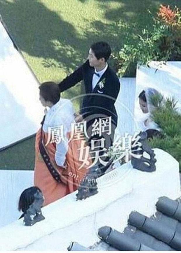 Song Hye Kyo hiếm hoi tiết lộ điều thú vị này về mẹ ruột trên mạng xã hội - Ảnh 4.