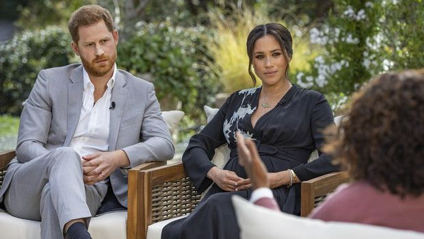 Meghan Markle đấu tố trực diện chị dâu Kate, tiết lộ hàng loạt bí mật gây sốc về Hoàng gia Anh và khẳng định mình bị chèn ép đến trầm cảm - Ảnh 3.