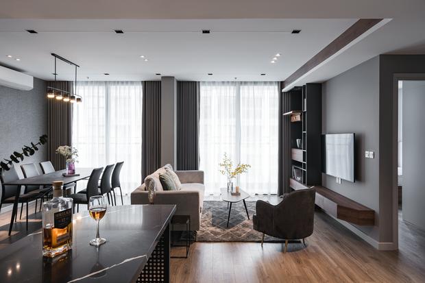 Vợ chồng trẻ mua 2 căn hộ Vinhomes để đập thông thành 1 căn lớn, thiết kế tối giản nhưng sang miễn bàn - Ảnh 1.