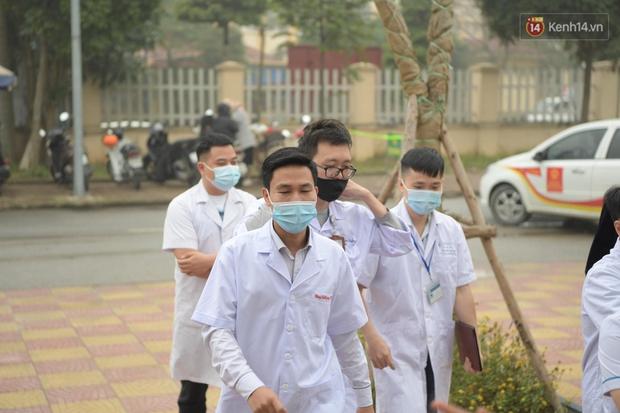 Cập nhật: Những người đầu tiên tại Hà Nội và TP.HCM được tiêm vaccine phòng Covid-19 - Ảnh 6.