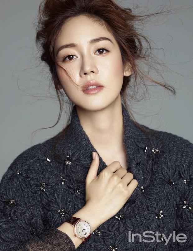 11 nữ ca sĩ Hàn lấn sân làm diễn viên nhưng chưa ai đoạt Daesang, netizen đặt cược cho Eugene của Penthouse nhé! - Ảnh 2.