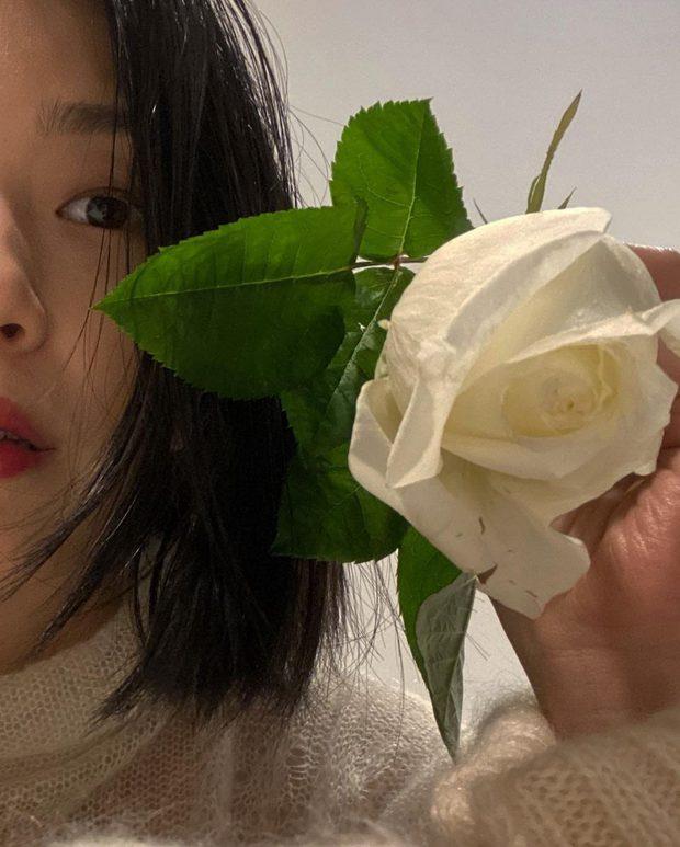 Bà xã Kang Gary được nhận xét có ngoại hình giống Song Ji Hyo? - Ảnh 4.