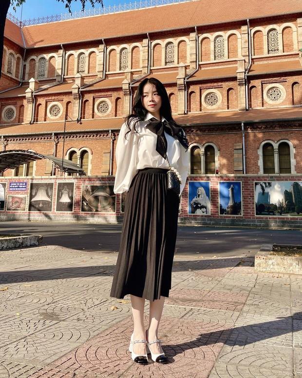Sao Việt mặc gì ngày 8/3: Lệ Quyên sexy như gái 20, Amee diện crop-top khoe vòng eo không chút mỡ thừa - Ảnh 5.