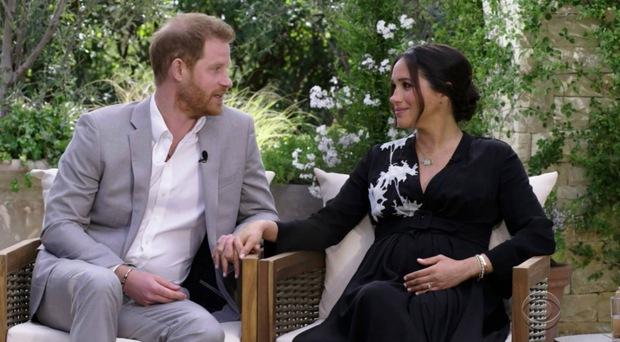 Meghan Markle tiết lộ giới tính của đứa trẻ thứ hai trong bụng, Hoàng tử Harry hạnh phúc đến nỗi cười tít mắt, phấn khích cực độ - Ảnh 1.