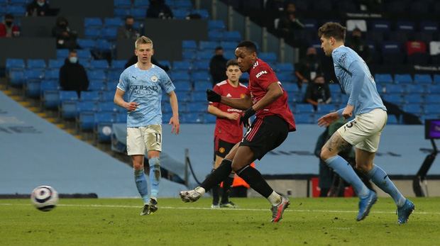 MU đá trận hay nhất từ đầu mùa, chấm dứt chuỗi 21 trận toàn thắng của Man City - Ảnh 9.