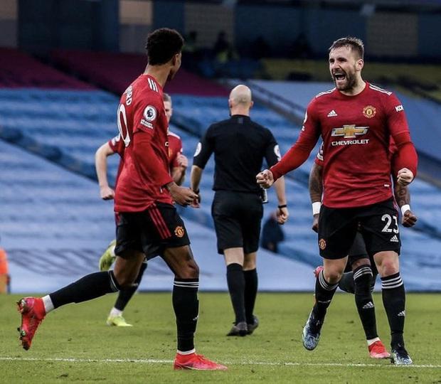 MU đá trận hay nhất từ đầu mùa, chấm dứt chuỗi 21 trận toàn thắng của Man City - Ảnh 10.