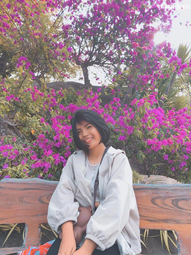 Thạch Thị Sa Pa - Nữ sinh người Chăm với đôi mắt 2 màu ma mị hiếm thấy ngày ấy giờ càng xinh xắn, tiết lộ mong muốn sau khi tốt nghiệp đại học - Ảnh 8.