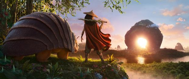 Bị Bố Già át vía ở Việt Nam, Công chúa Disney gốc Việt lập doanh thu khủng đứng đầu toàn thế giới - Ảnh 2.
