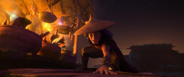 Bị Bố Già át vía ở Việt Nam, Công chúa Disney gốc Việt lập doanh thu khủng đứng đầu toàn thế giới - Ảnh 1.