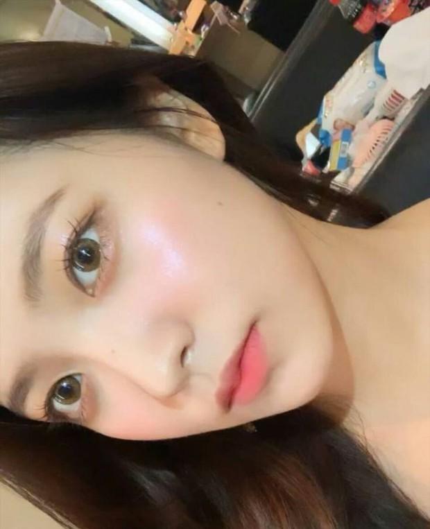 """Loạt makeup look """"đỉnh của chóp"""" từ idol Kpop, nhìn xịn xò là vậy nhưng toàn style đơn giản dễ học theo - Ảnh 5."""